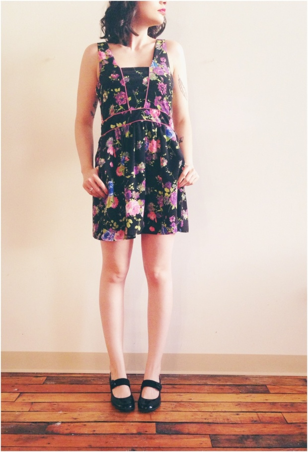 no sleeve flower dress 1
