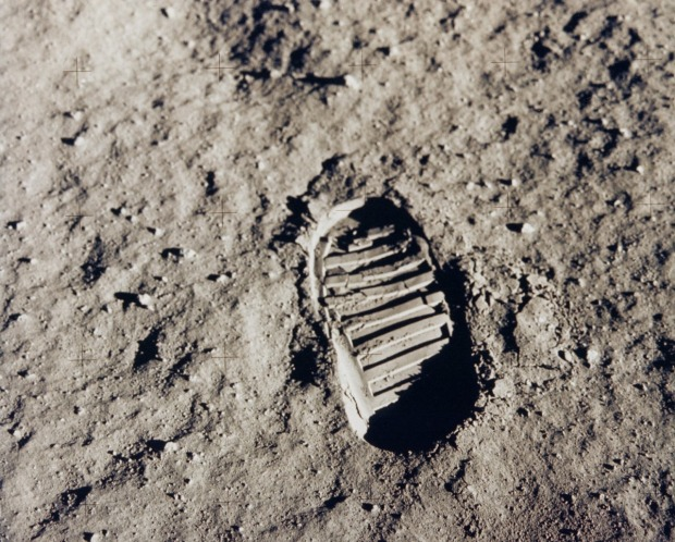 footstep on the moon